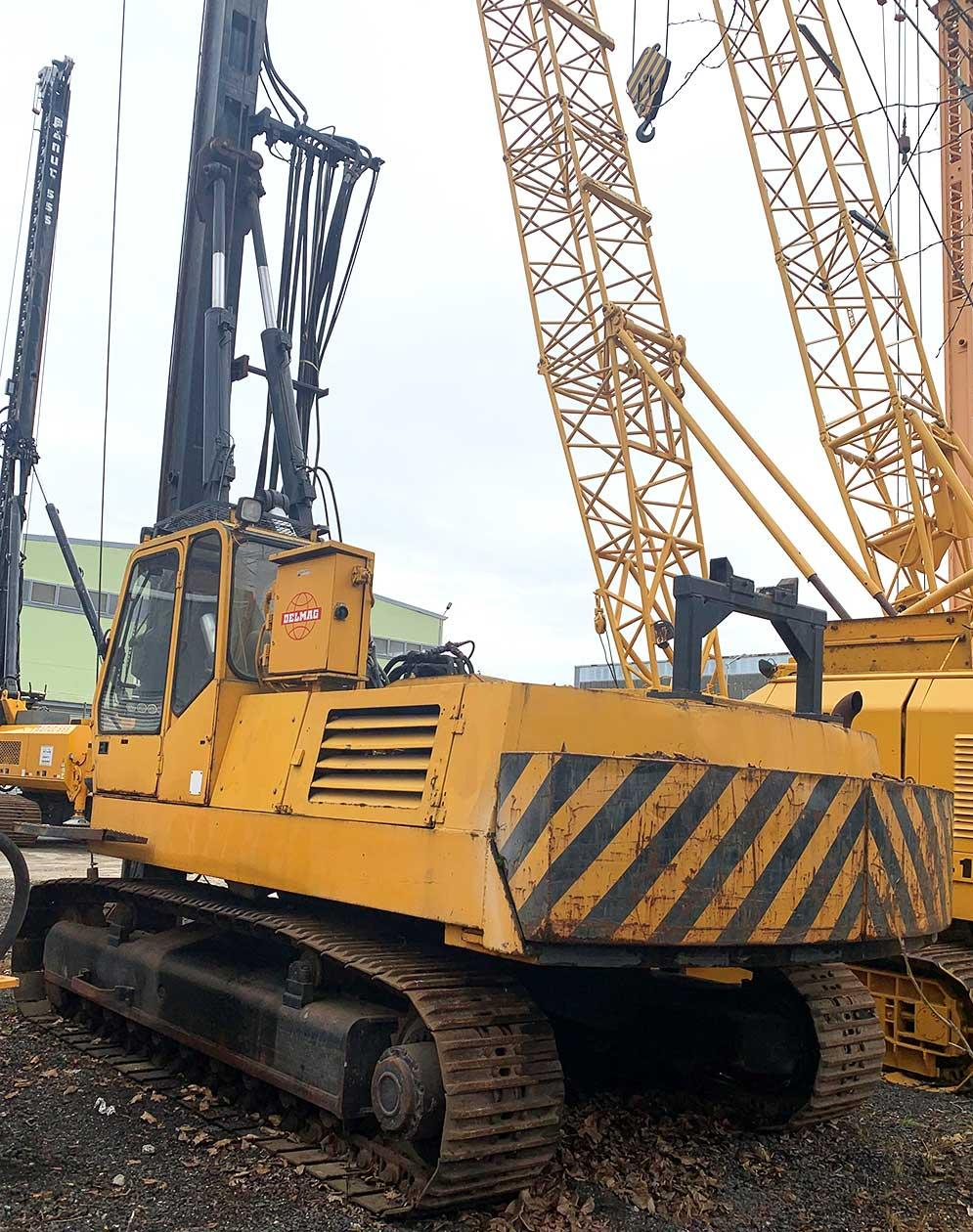 Foundation drilling rig DELMAG RH 0912