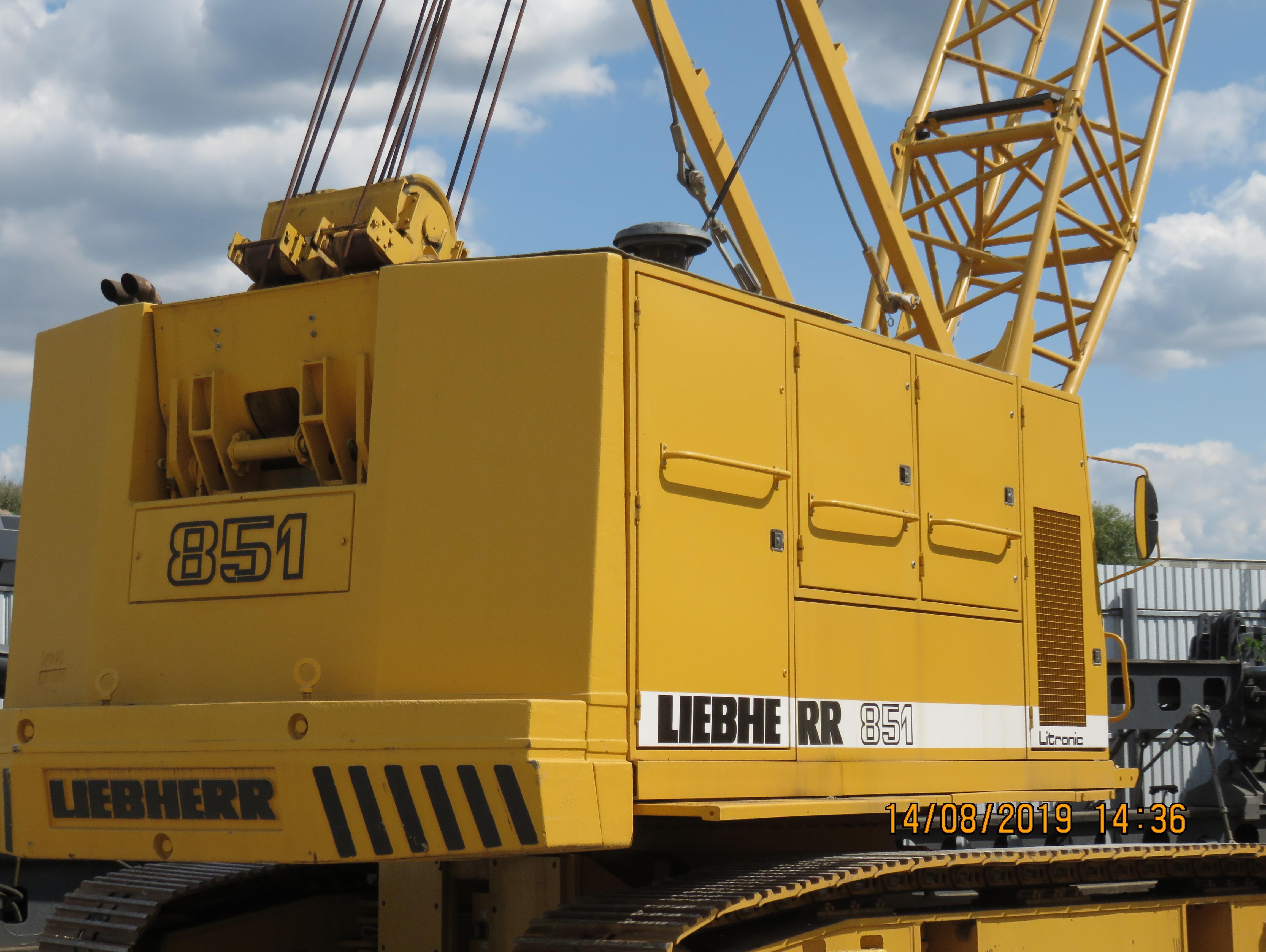 Liebherr HS 851