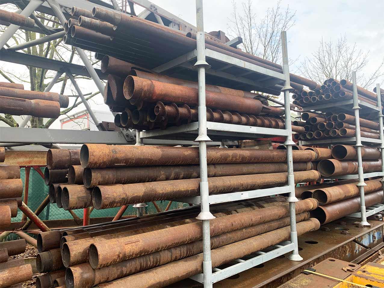 Drill pipes € 950 per tonne