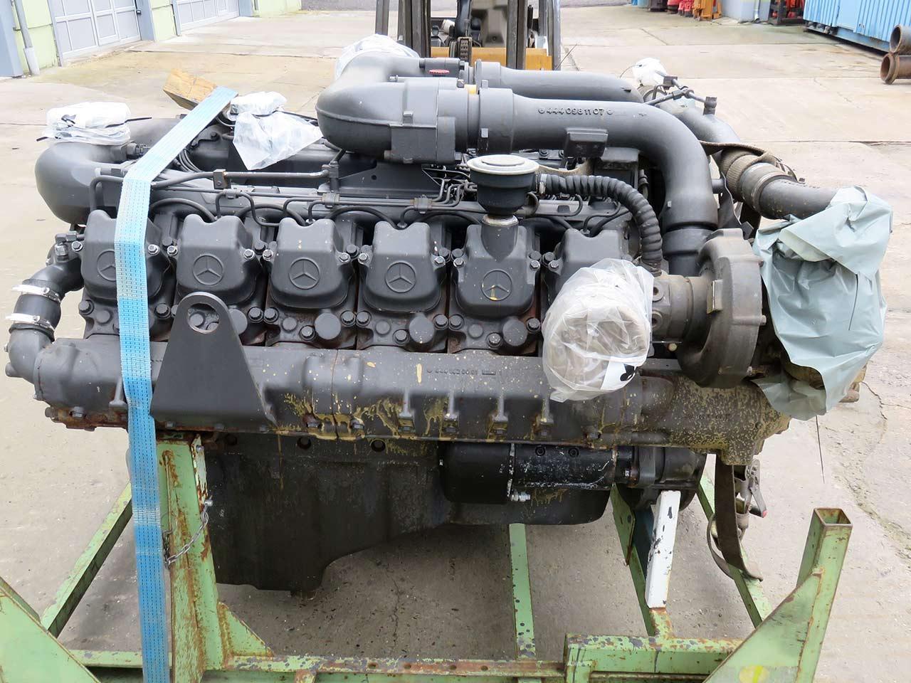 Diesel engine MERCEDES BENZ OM 444 LA