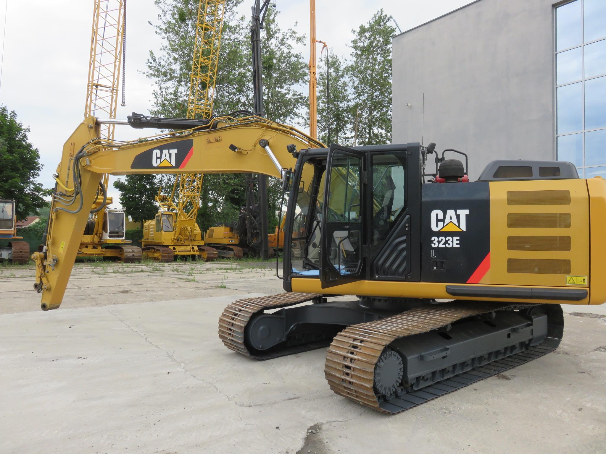 CAT 323 EL crawler excavator